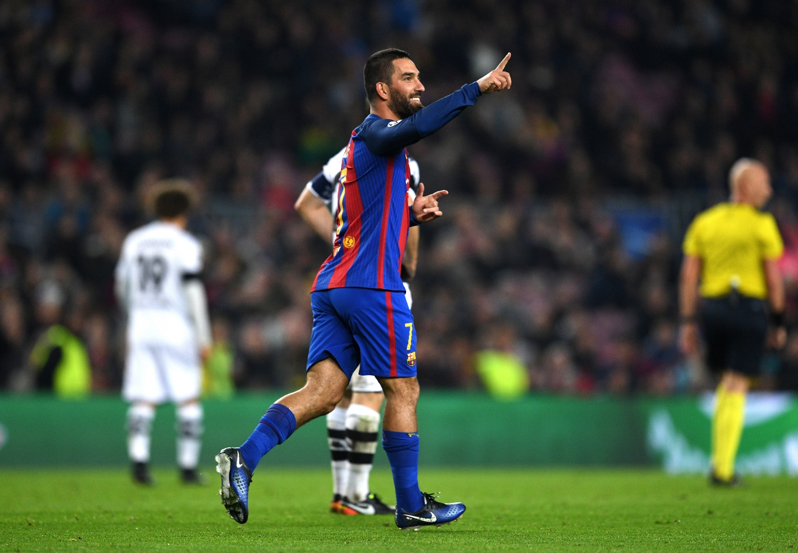 Arda Turan suffers injury but Barcelona ace Lionel Messi returns
