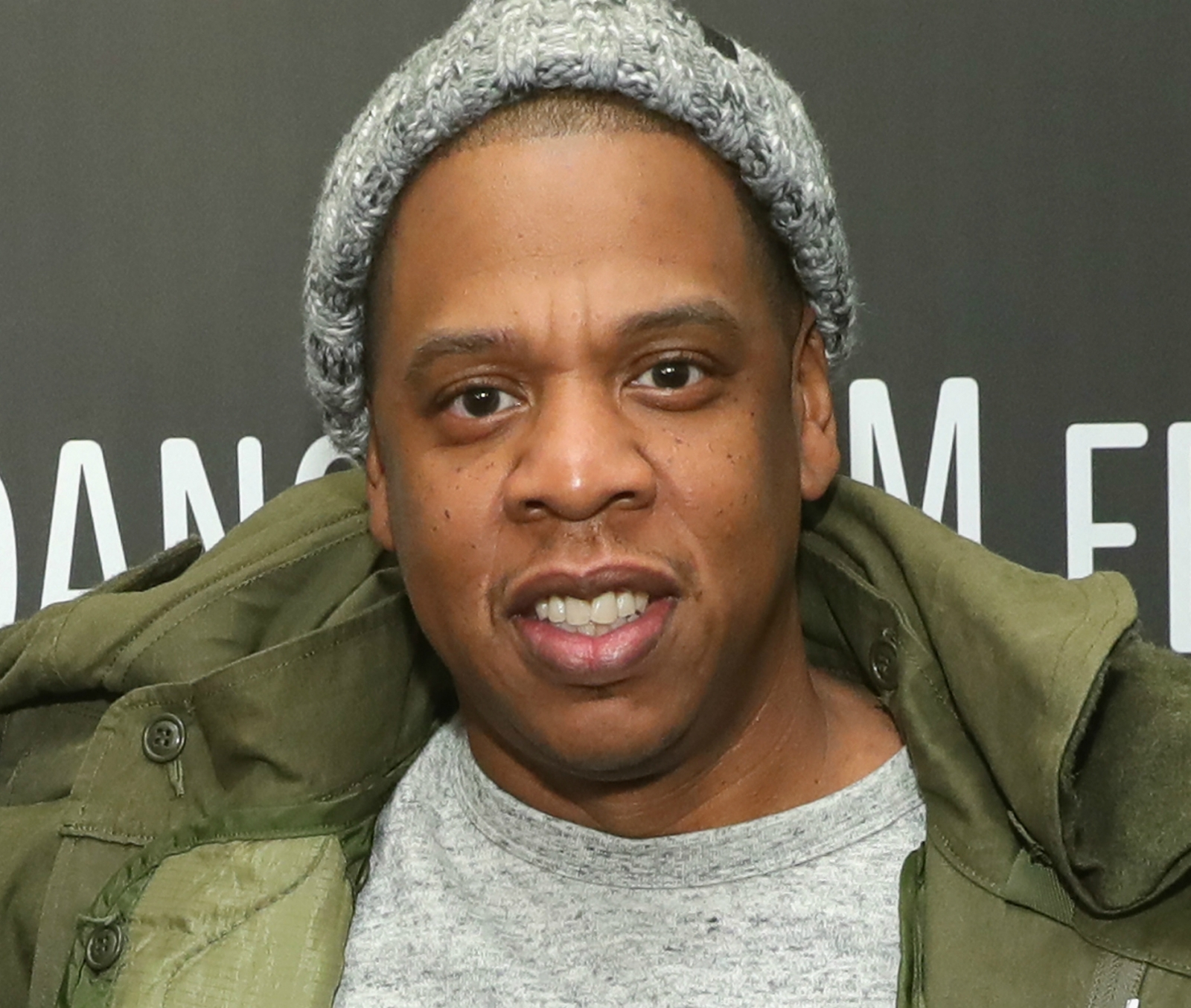 Jay Z jets to Jamaica for Damian Marley recording session ... Jay Z