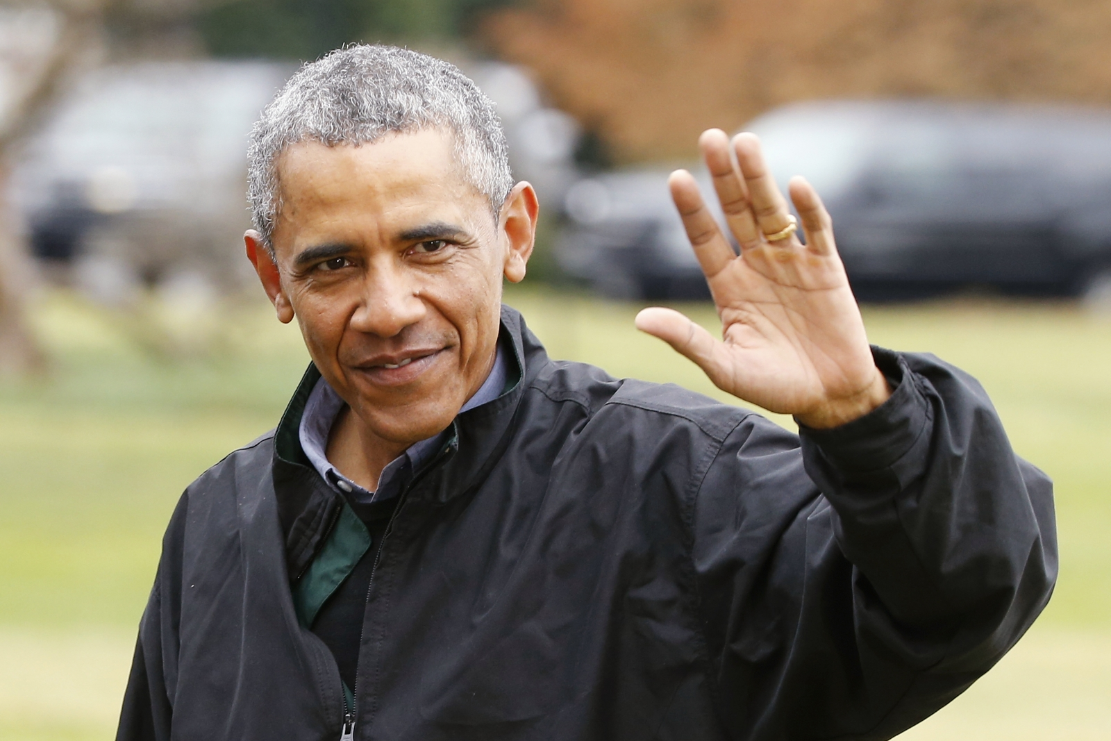Former president barack obama receives rock star welcome - When is obama going to be out of office ...
