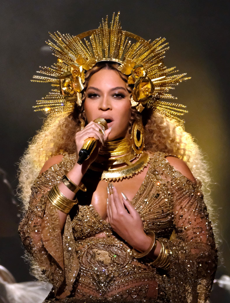 who should replace beyonce as a coachella 2017 headliner