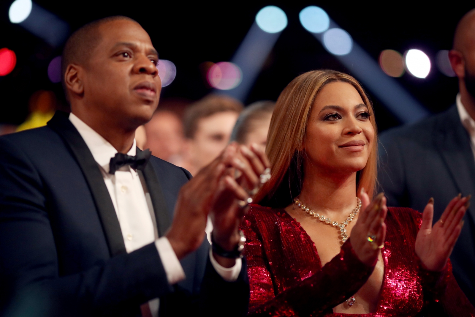 Jay Z Treating Beyonce Like A Princess As Pregnant Singer Suffers Worst Morning Sickness Ever