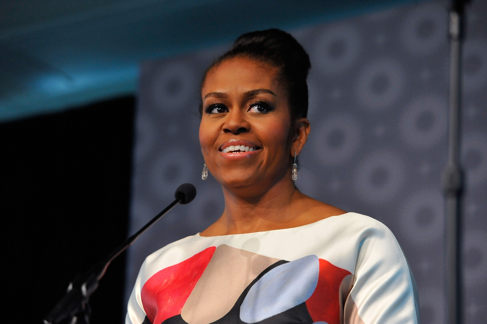 Michelle Obama used to SWEAR so much she lost out on a