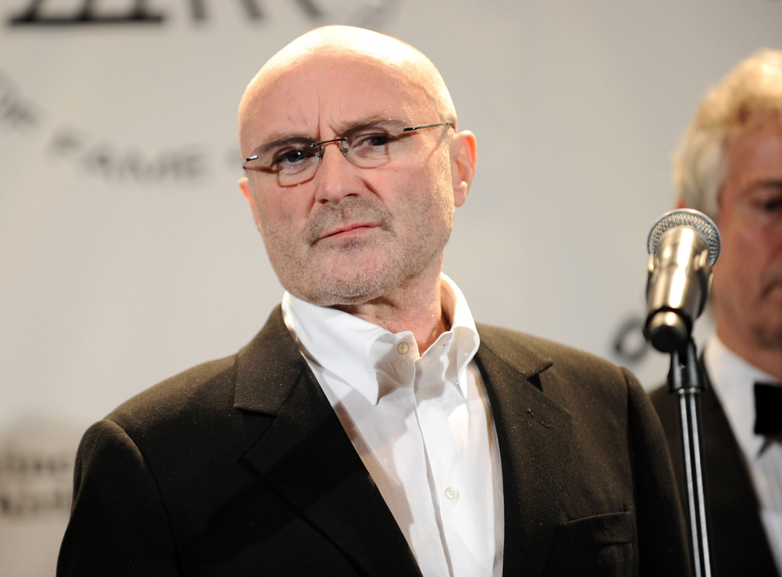 Phil Collins Rushed To Hospital After Nasty Fall