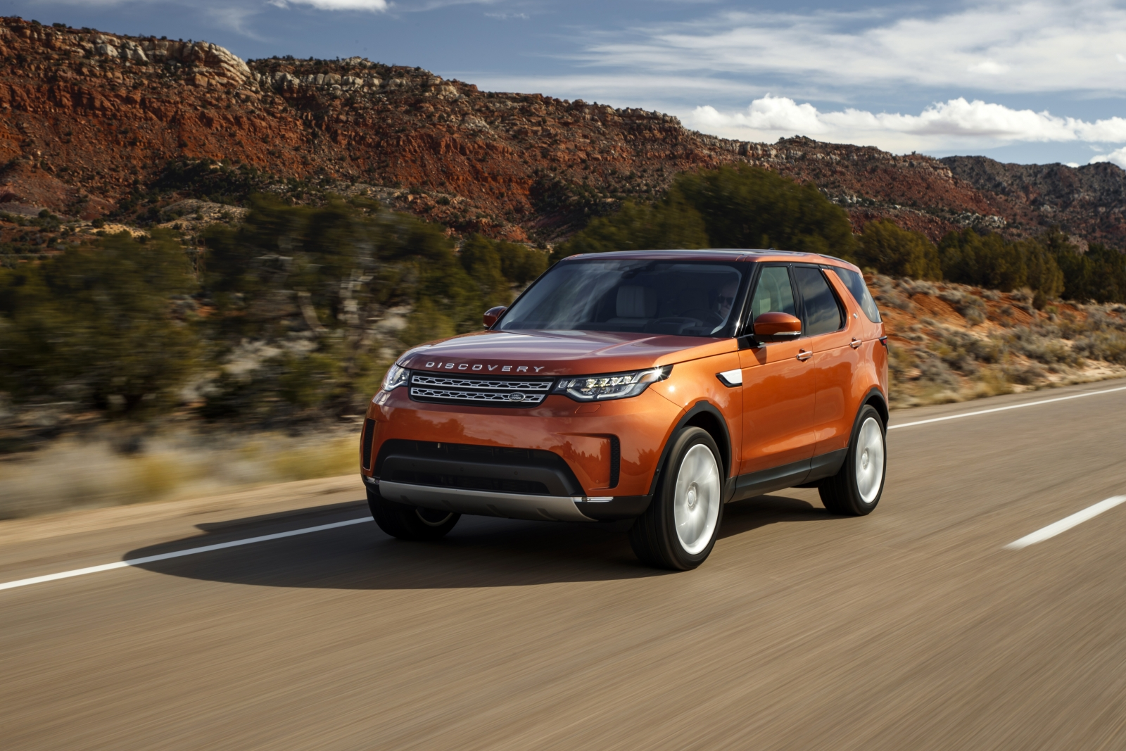 land rover discovery 2017 review an adventure through utah in the new 7 seat suv. Black Bedroom Furniture Sets. Home Design Ideas