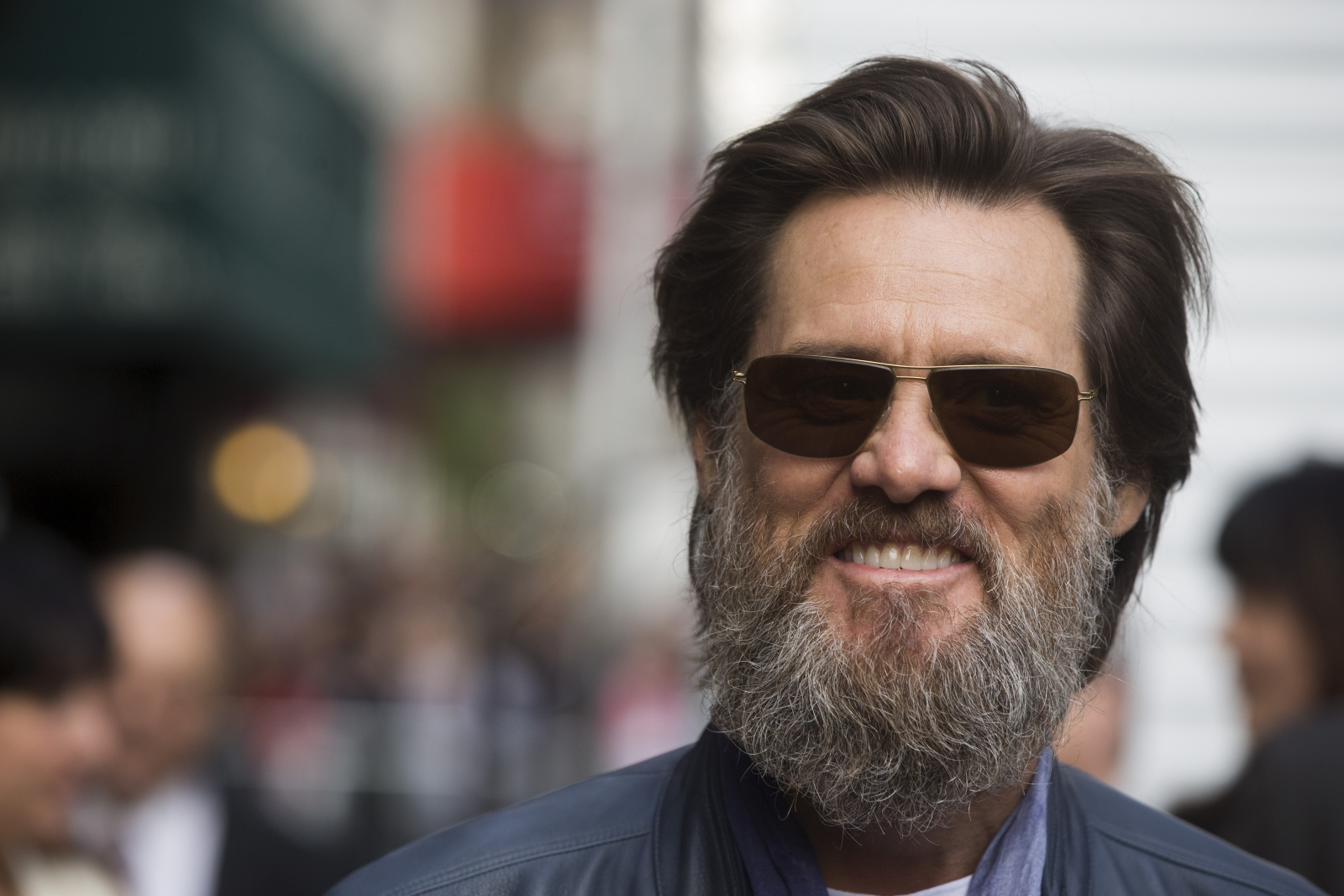 Jim Carrey fans are wo... Jim Carrey