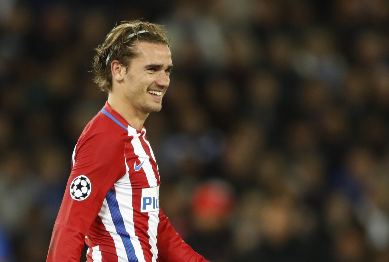 Manchester united told antoine griezmann is man to solve - Antoine griezmann ...