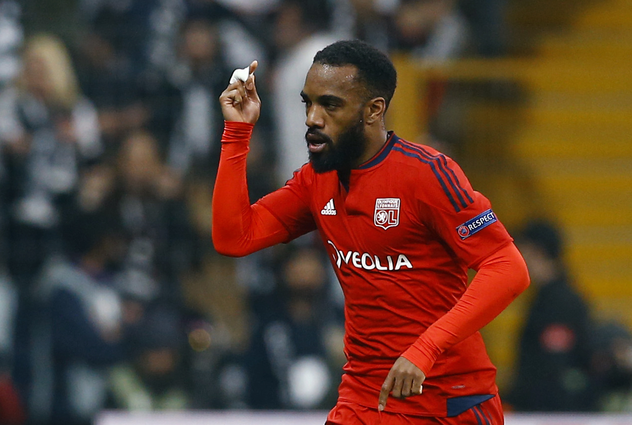Arsenal confirm signing of Alexandre Lacazette from Lyon for