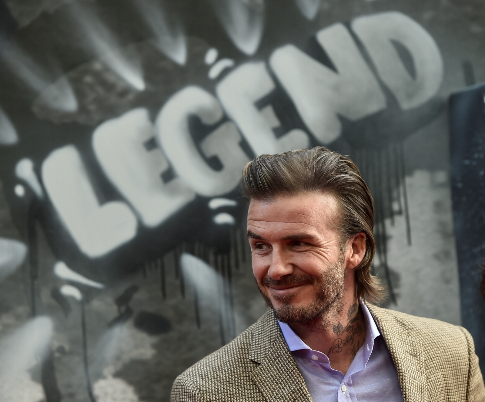 David Beckham walks red carpet at King Arthur: Legend of the Sword premiere