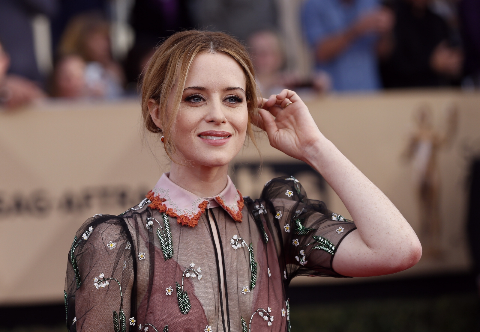 The Crowns Claire Foy Being Eyed To Play Lisbeth Salander
