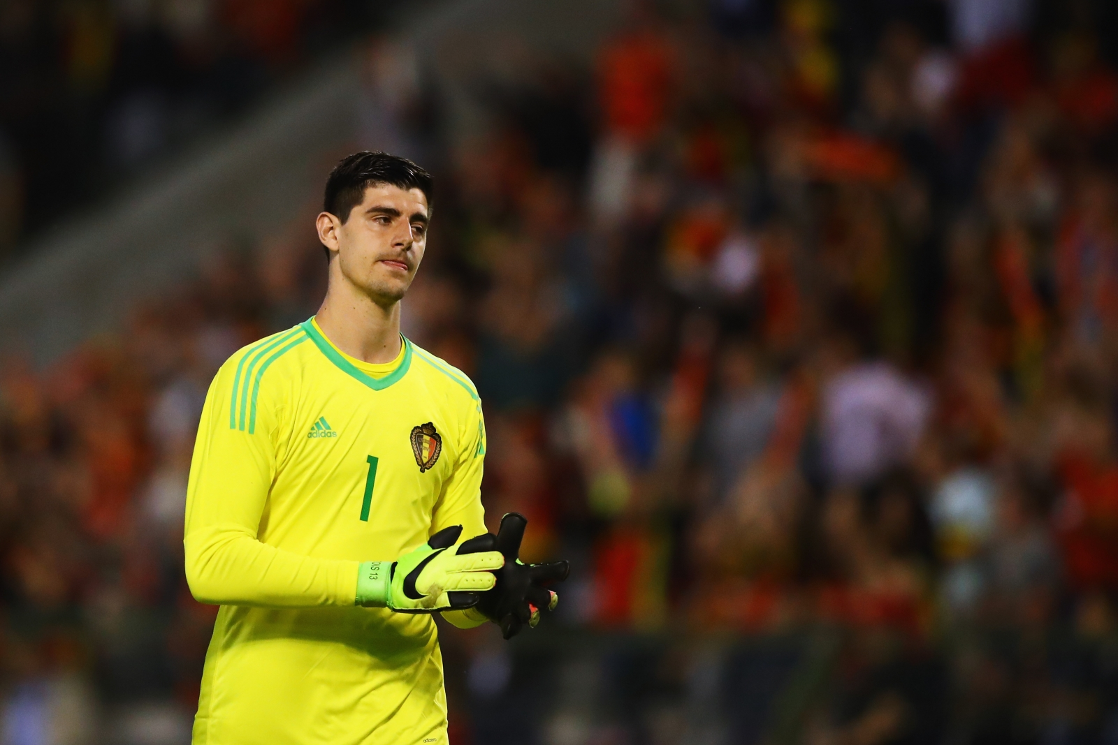 Thibaut Courtois puts Chelsea new deal on hold as Belgium