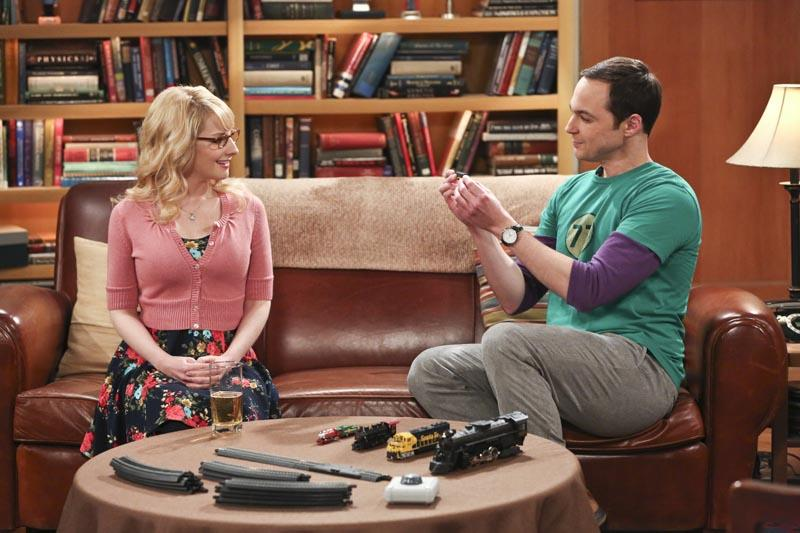 Big Bang Theory's Jim Parsons and Mayim Bialik congratulate pregnant Melissa Rauch on Instagram