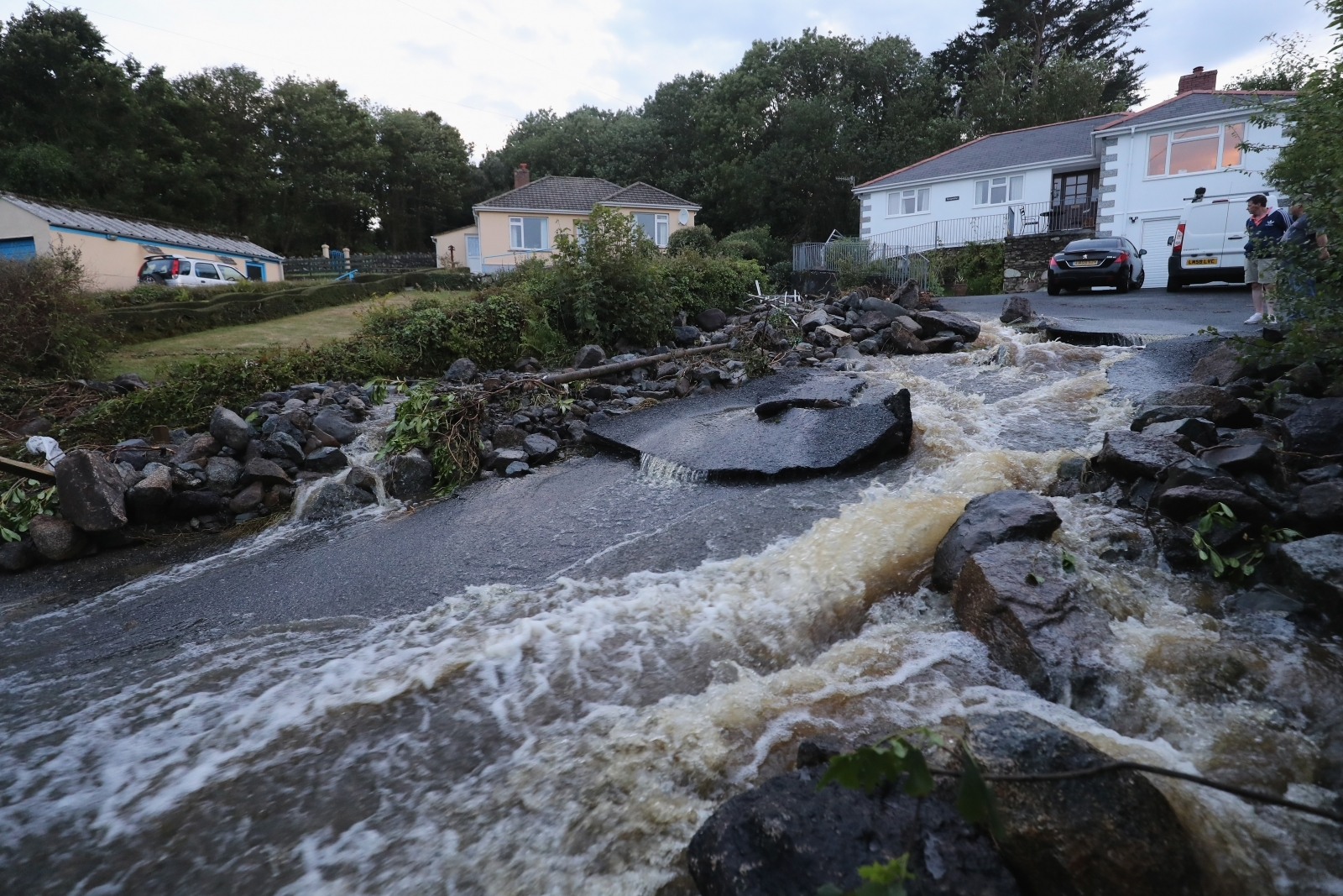 Flash flooding hits Cornwall town leading to house evacuations