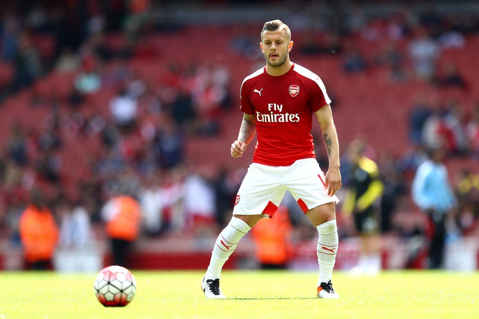 West Ham consider deadline day loan move for Arsenal midfielder