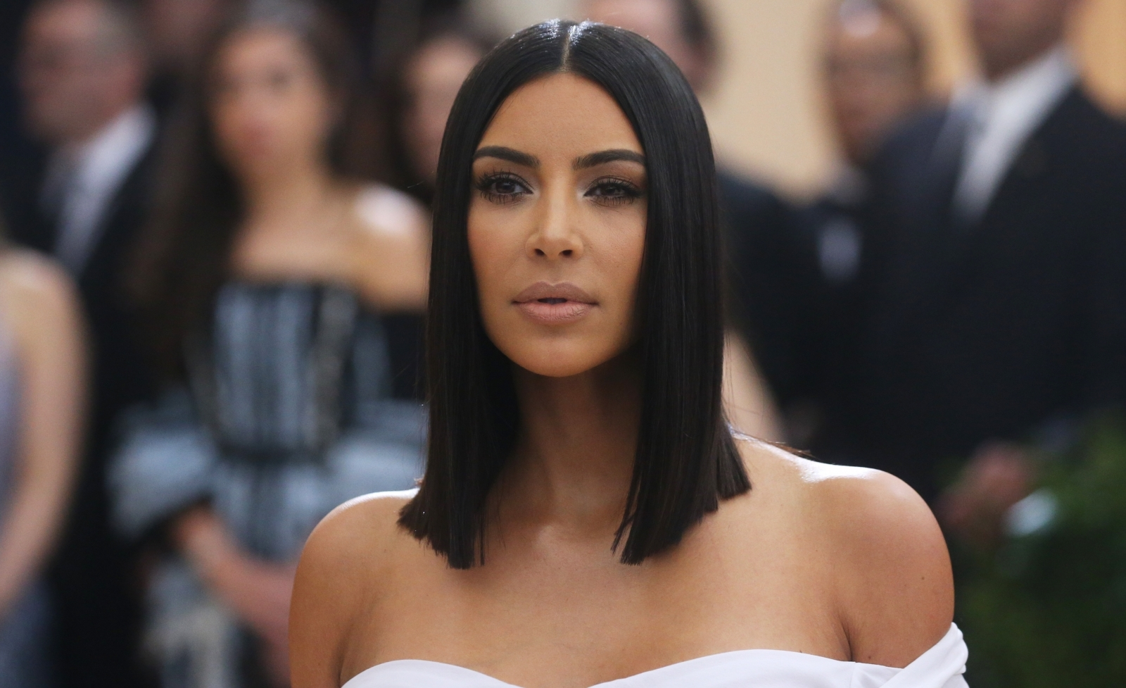 How a braless Kim Kardashian is leaving fans unimpressed with a throwback photo
