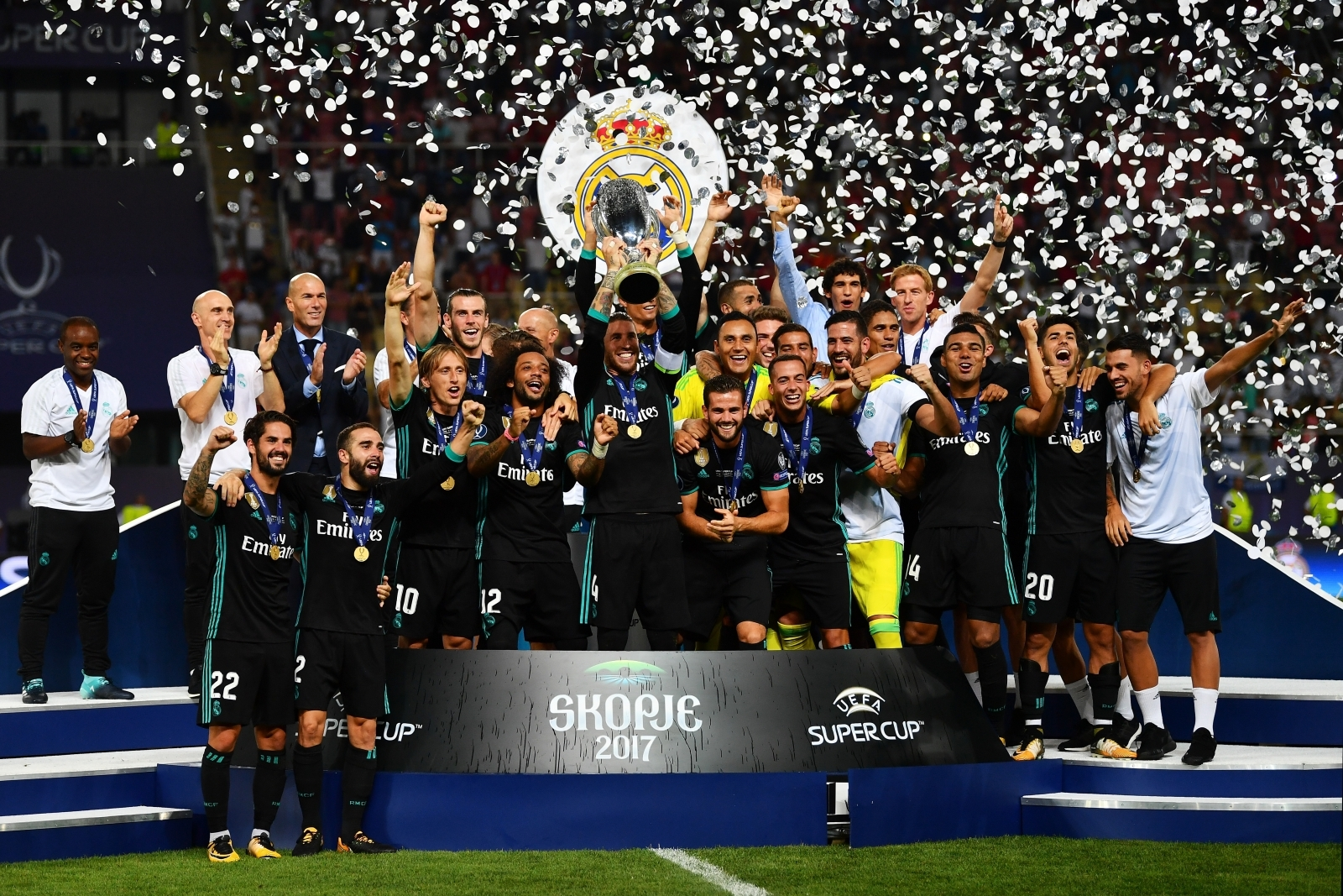 Super Cup win  Real Manchester after Madrid outclassing