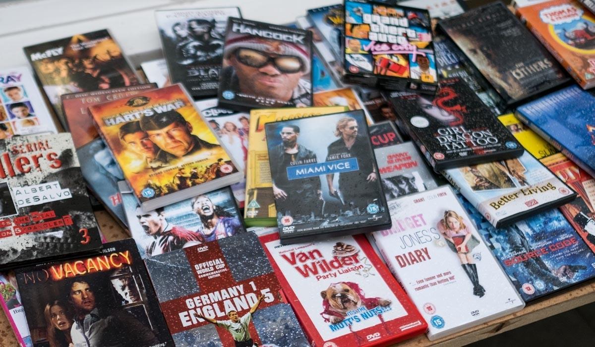 I a celebrity dvd games at blockbuster