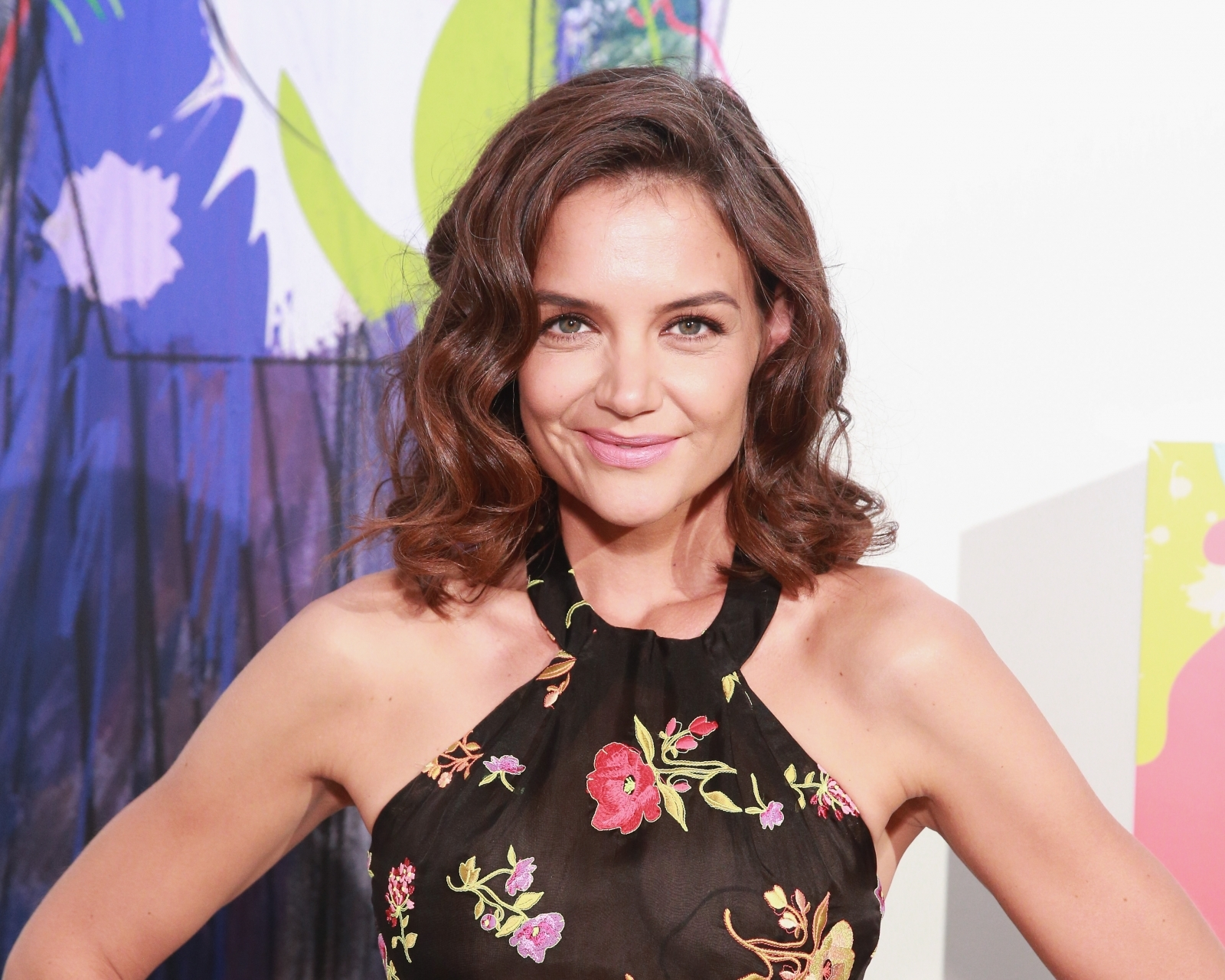 Katie Holmes Leaves Fans Speechless In Sexy Instagram