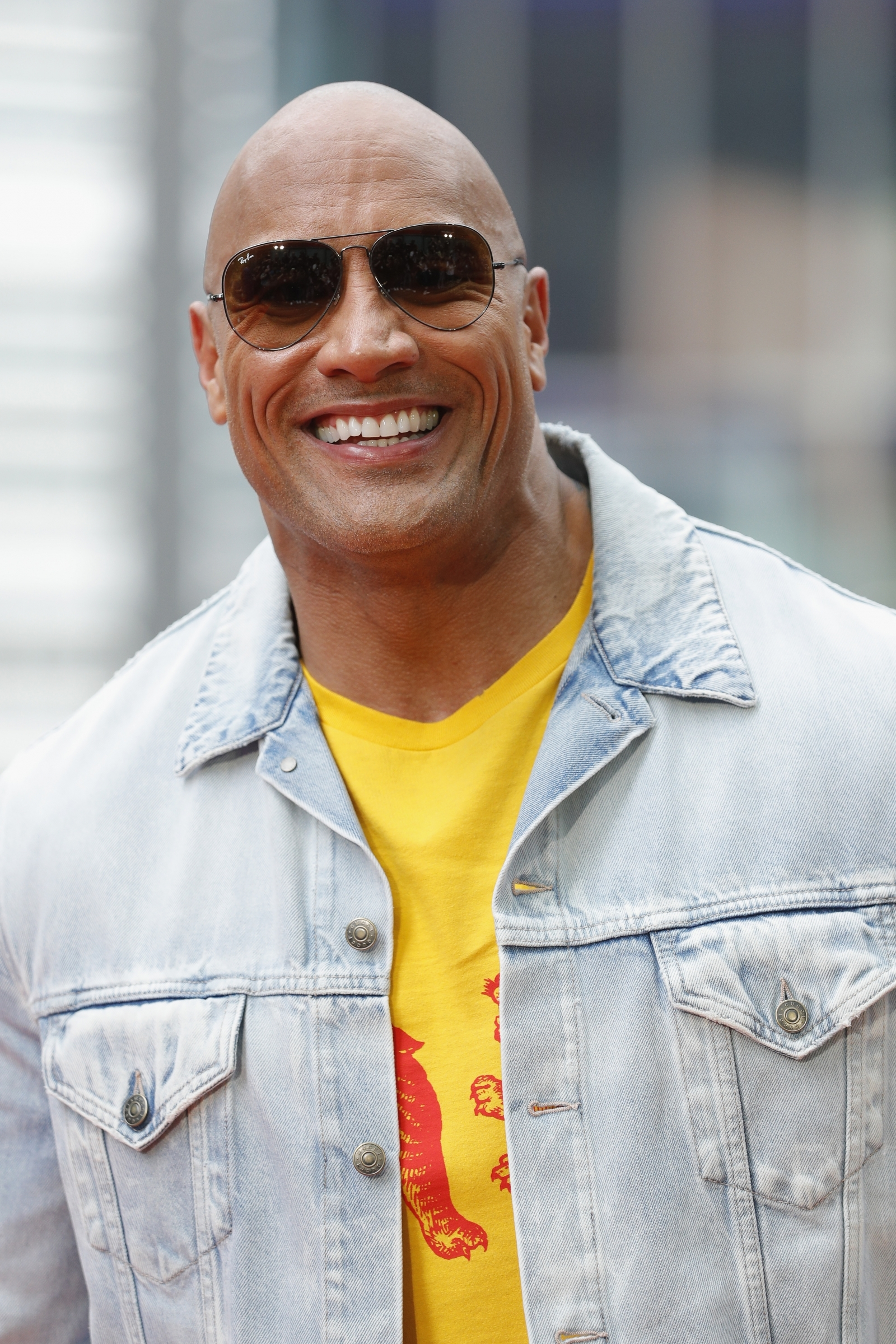 dwayne johnson sends air kisses to terminally ill grandma
