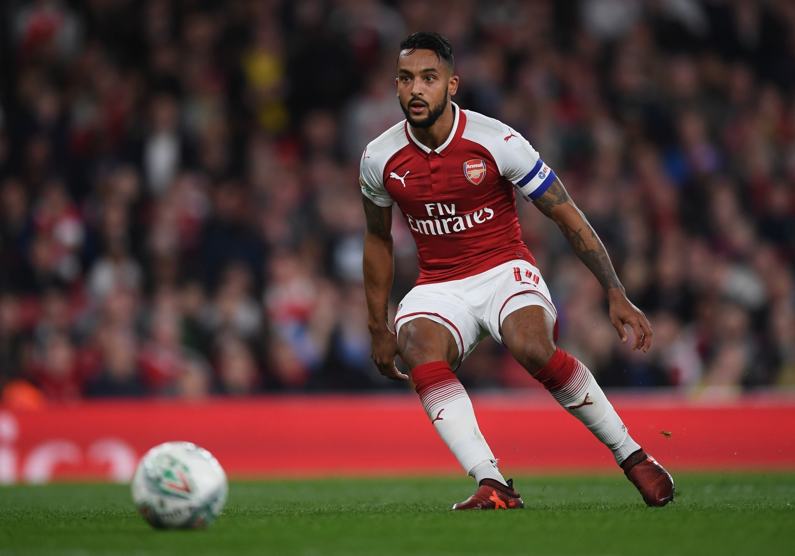 Arsenal prepared to allow Theo Walcott to leave in January