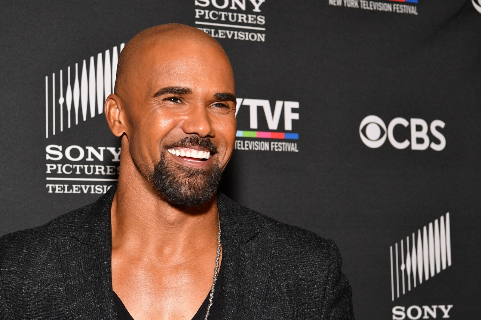 Is shemar moore bisexual