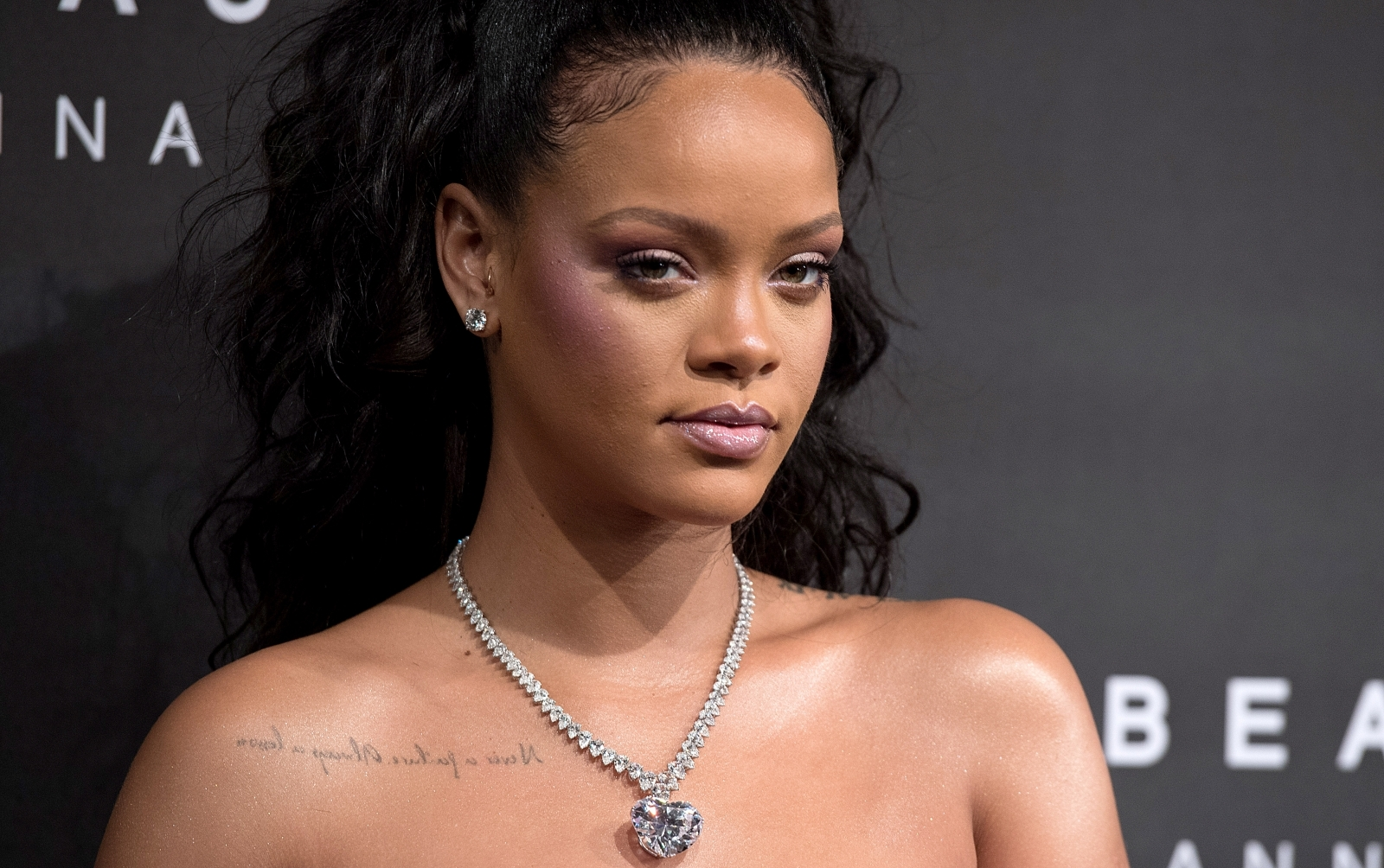 Is Rihanna Engaged Singer S Latest Instagram Post Sends