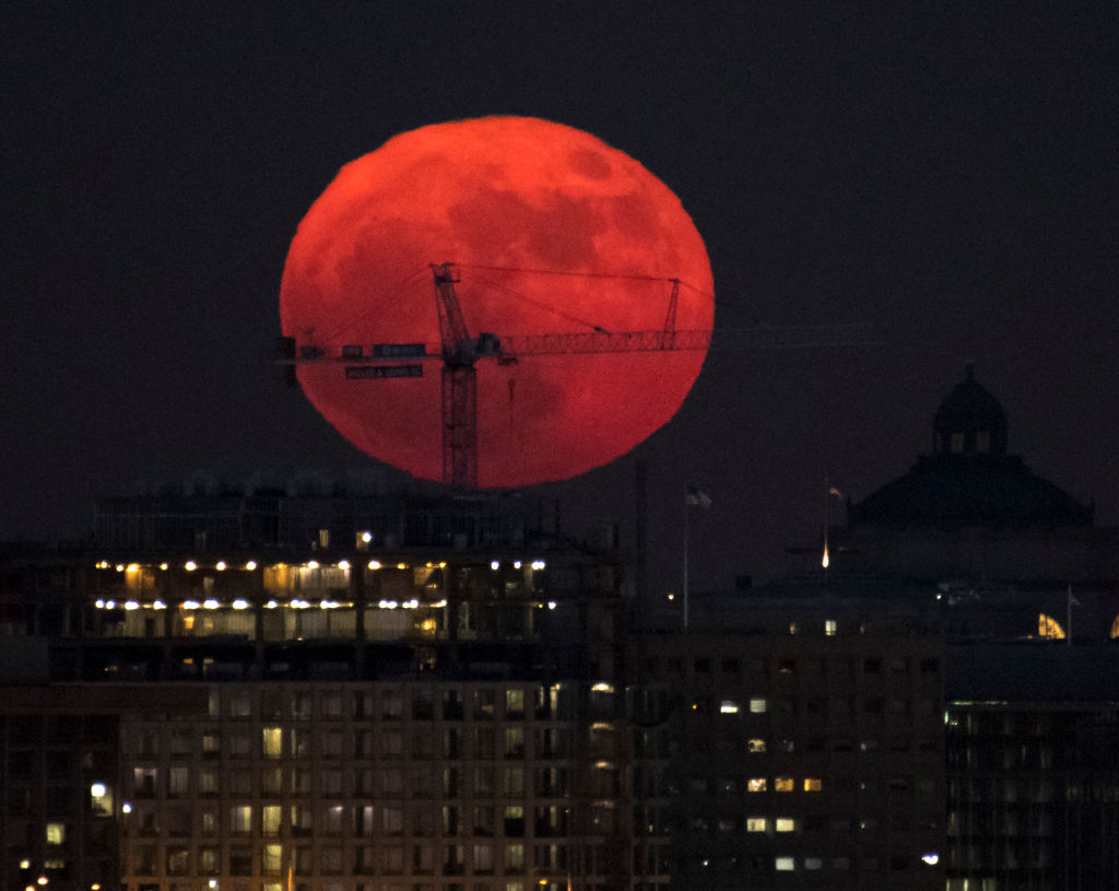 Supermoons of 2018: Rare 'wolf moon' and 'super blue blood ...