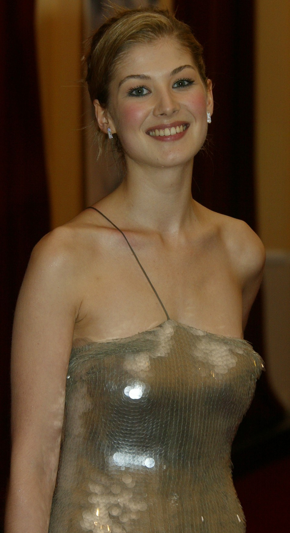 Rosamund pike played miranda frost in the 2002 bond film quot die another