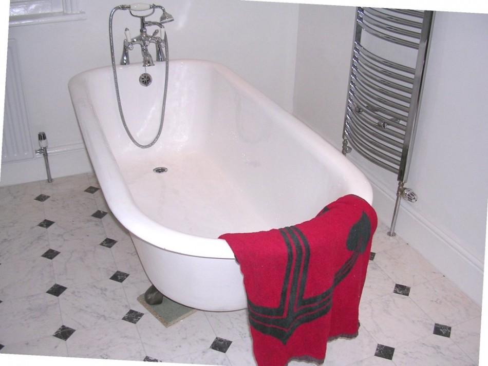 tile effect wallpaper for bathrooms