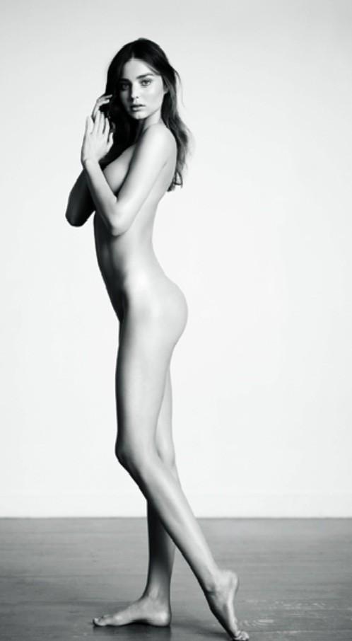 nude modeling poses Broad City Nude Models  Illana Abbi Life Drawing.