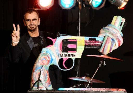 The Beatles Polska: Ringo Starr apeluje o wyższe wyroki dla osób złapanych z bronią