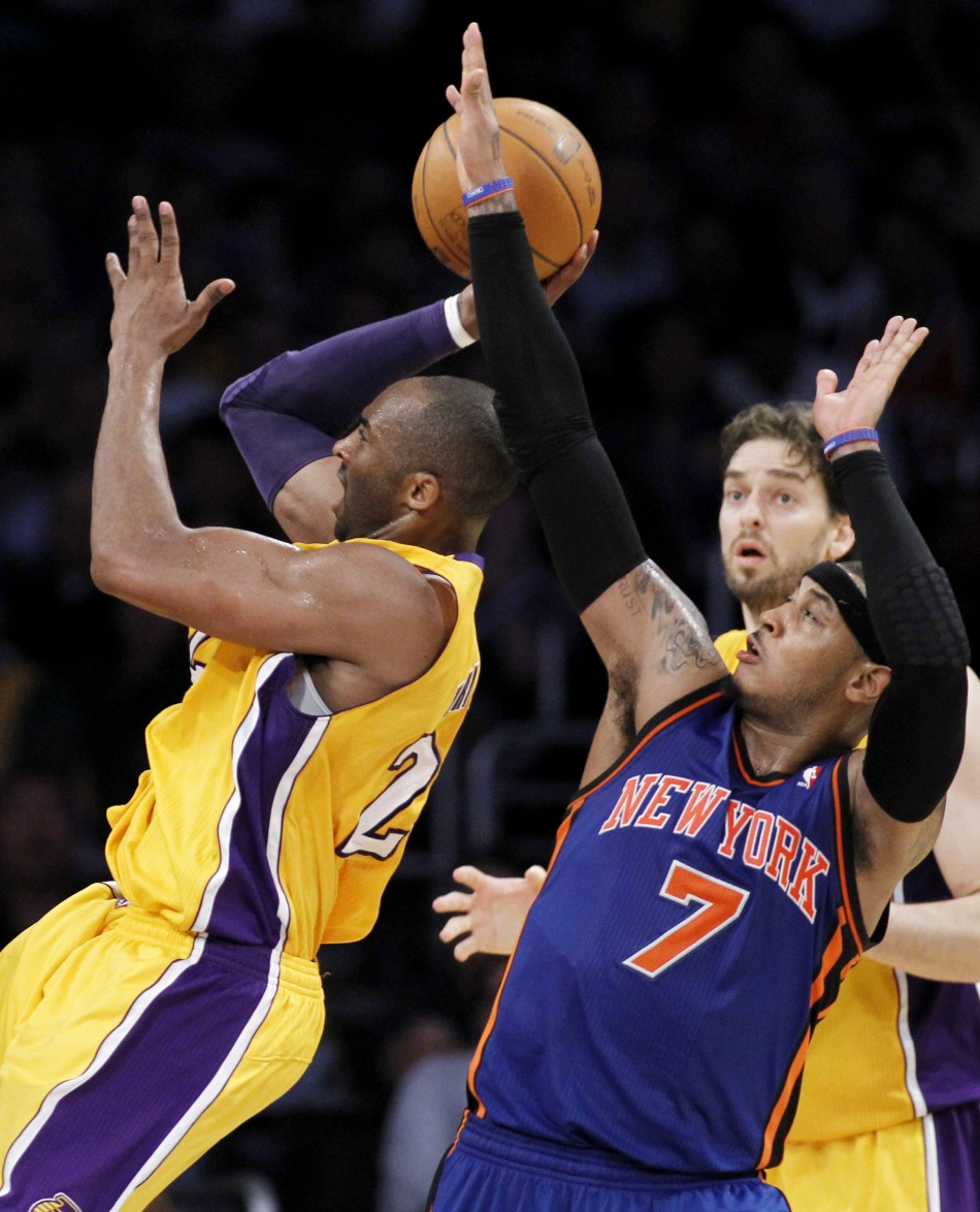 Kobe Bryant And Carmelo Anthony Lakers Lakers' Kobe Bryant Shoots