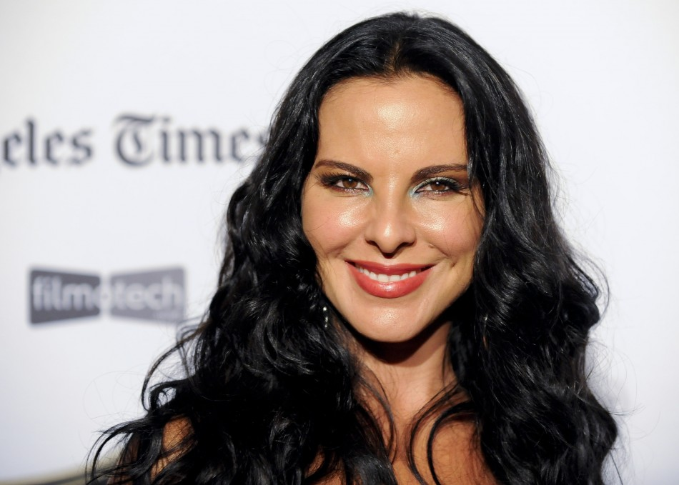 mexican actress kate del castillo supports el chapo guzman