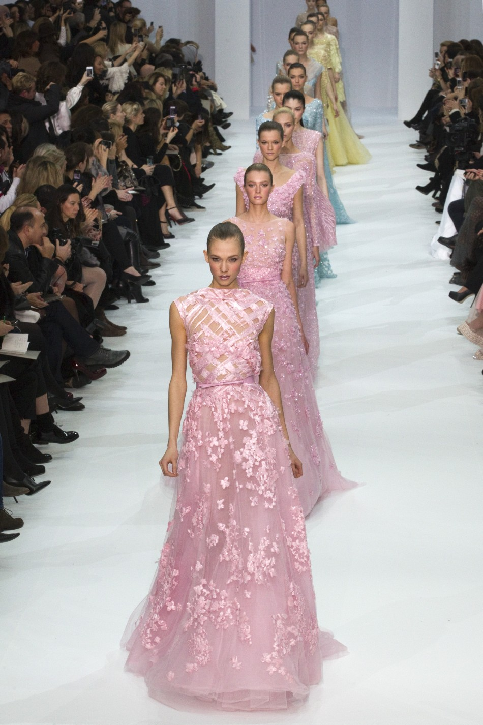 Paris fashion week elie saab delivers creamy pastel for Haute couture red