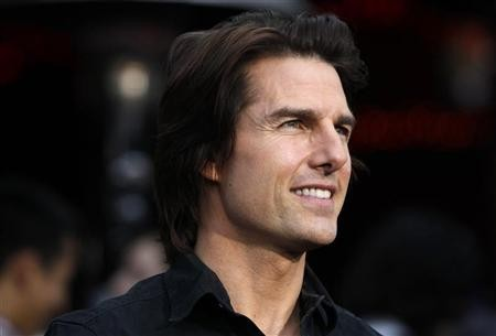 oscars 2012 bradley cooper to present awards with