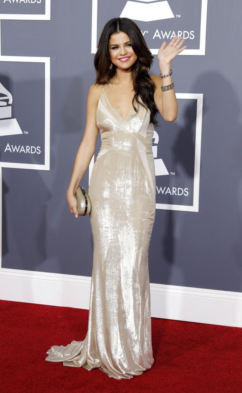 Kylie Jenner, Bella Thorne, & More Worst Dressed Celebs Of ...