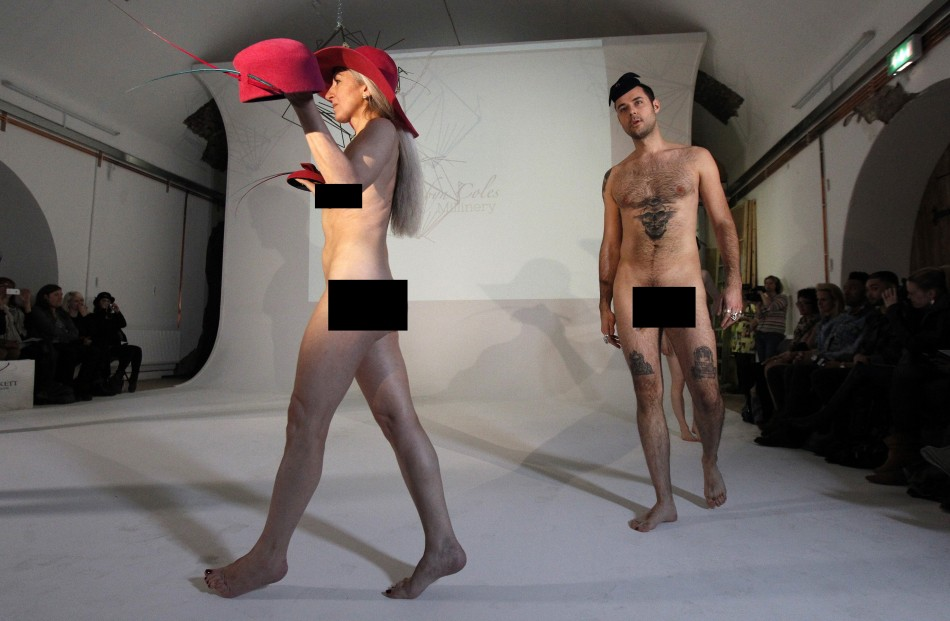 seks-v-pokaze-mode