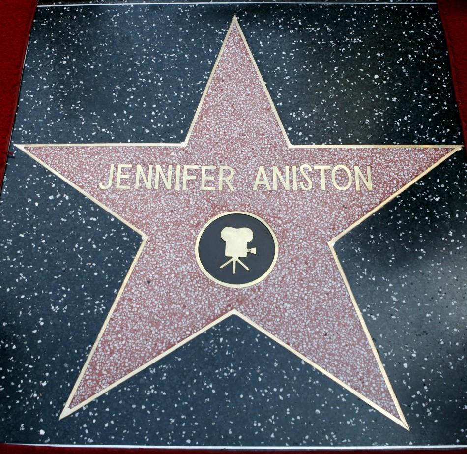 Jennifer Aniston Recei...