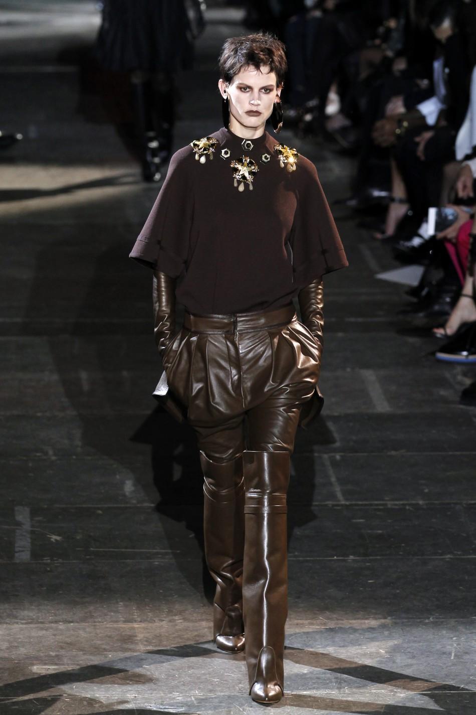 Paris Fashion Week: Riccardo Tisci for Givenchy [SLIDESHOW]