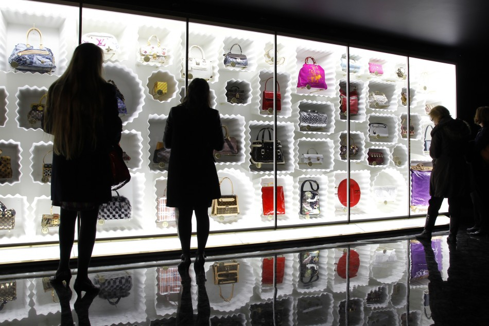 Exhibition Booth En Espanol : Louis vuitton marc jacobs exhibition analyses fashion photos