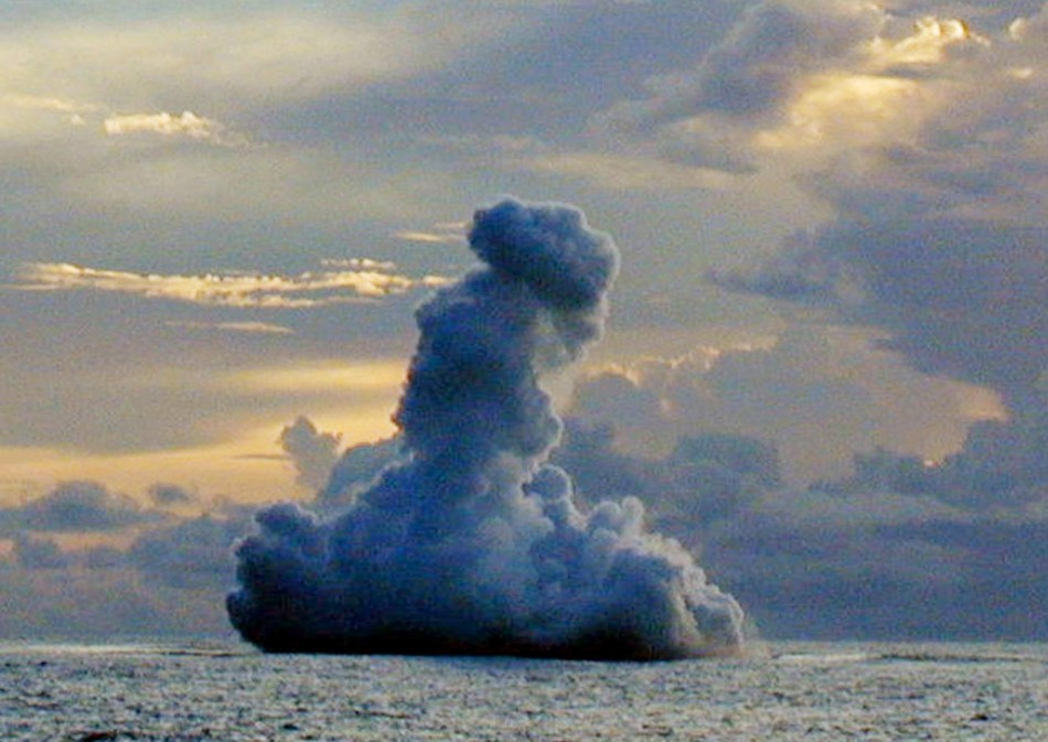 Fastest Growth of Underwater Volcanoes Documented at ... Pacific Ocean Underwater Volcanoes