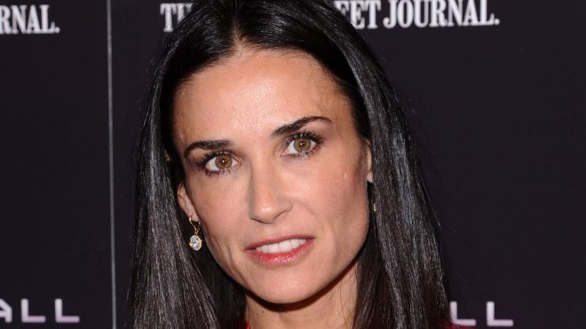 Girl Demi Moore  Offer...