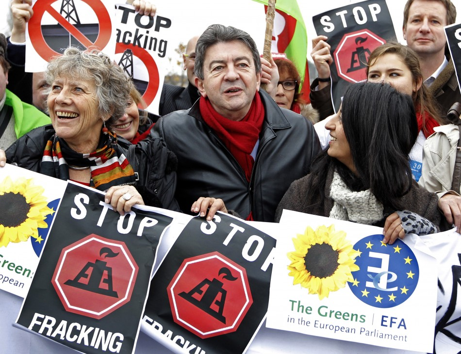Members of the the Group of the Greens/European Free Alliance of the European Parliament demonstrate against shale gas in Strasbourg (Photo: Reuters)