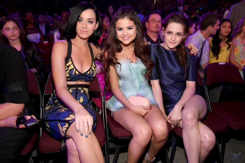 Agree Kristen stewart and katy perry all can
