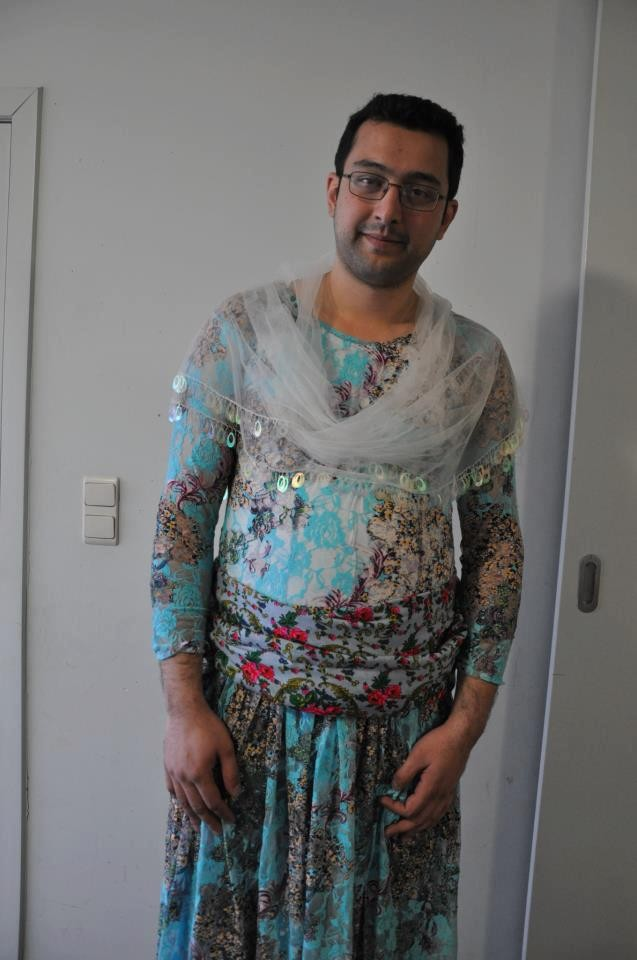 Amazing Men Dressing Like A Woman