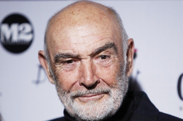 Sir Sean Connery r