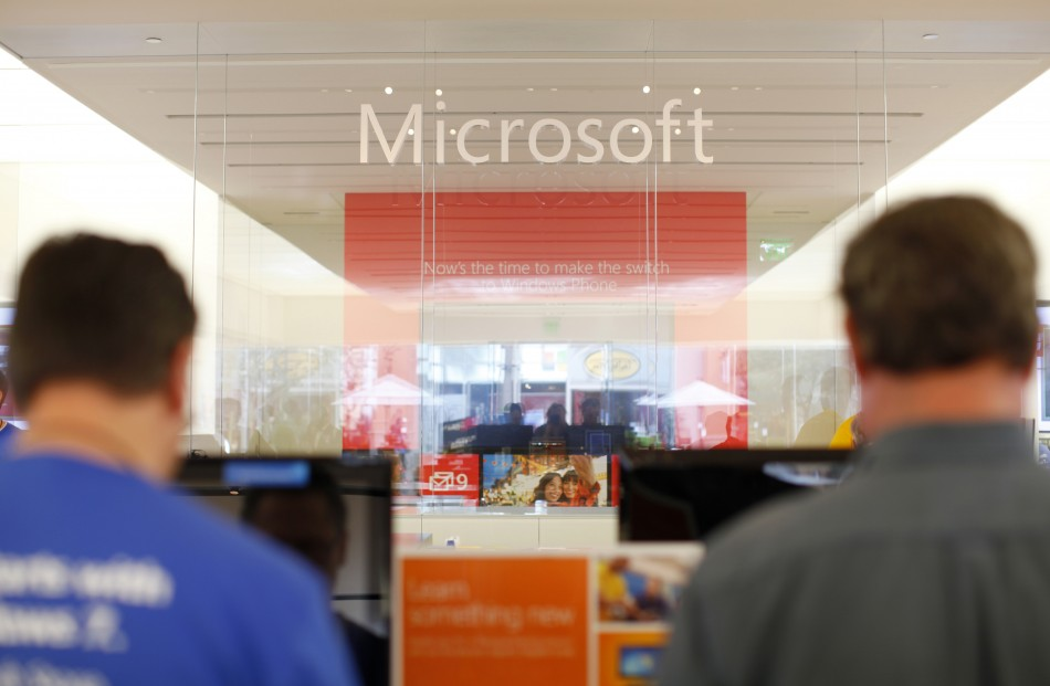Microsoft Revealing Software Security Flaws to US Government