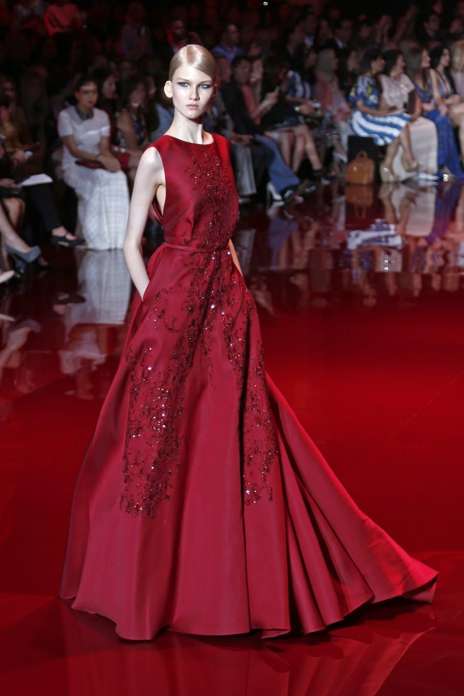 Paris fashion week 2013 elie saab s royal touch creates for Haute couture shop