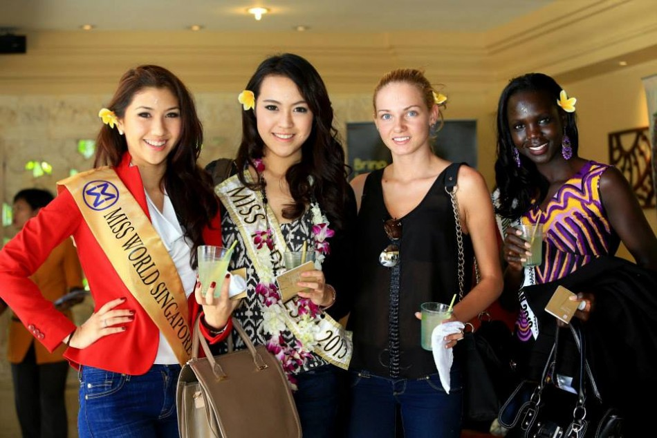(L to R) Contestants from Singapore, Indonesia, Bulgaria and South Sudan pose at Nirwana Bali Resort upon arriving in Indonesia. A record 131 contestants from different nationalities will compete for Miss World 2013 title to be held on 28 September in Jakarta. (Photo: Miss World/Facebook)