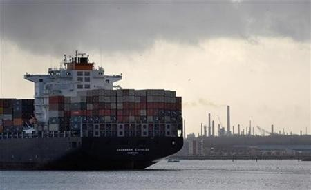 net trade slows gdp growth
