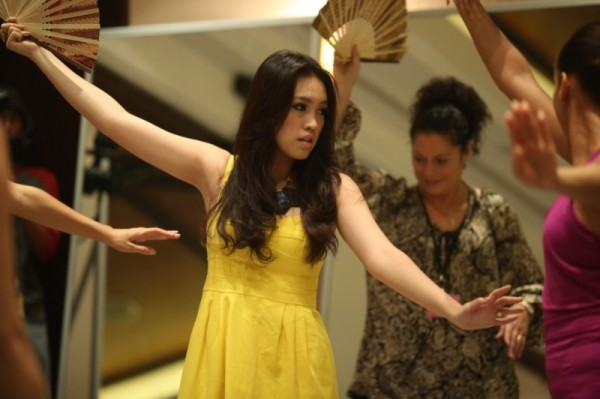 Miss World 2013: Contestants Learn Indonesian Dance for Pageant Finale